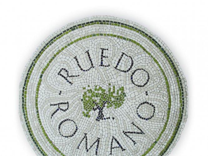 Logotipo Ruedo Romano